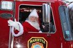 Święty Mikołaj w samochodzie