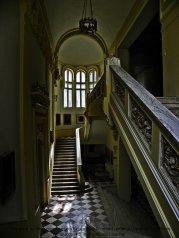 schody w muzeum Bukareszt