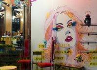 salon kosmetyczny, kosmetyczka